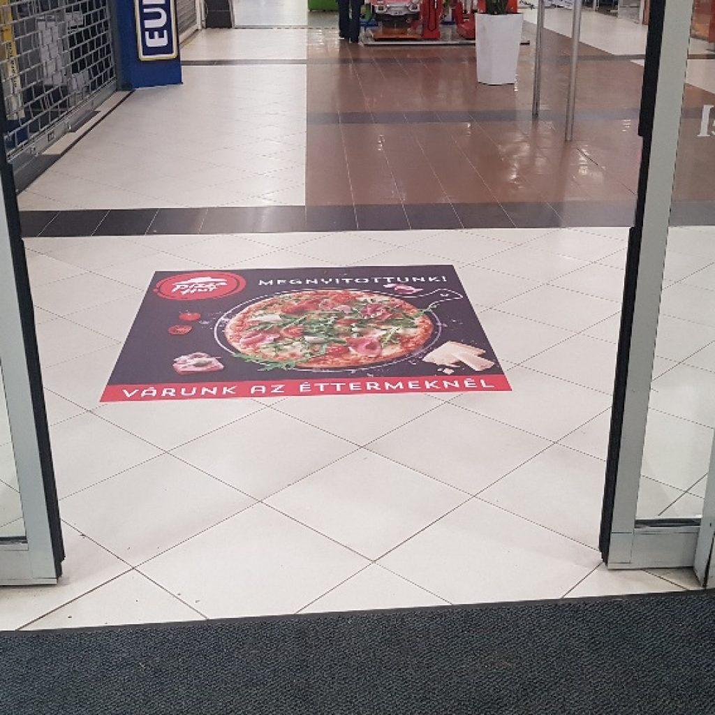 Üzletdekoráció: padló matrica